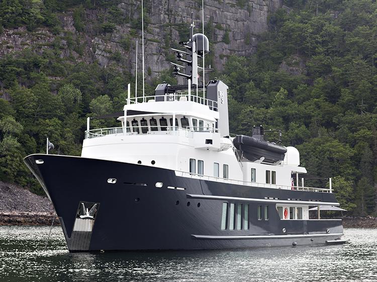 Motor Yacht RH3 - Main