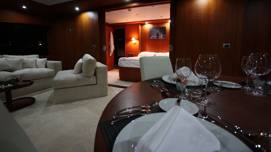Motor Yacht Seven Spices - Private Dining in the Sky Suite - Image by Luxury Motor Yachts