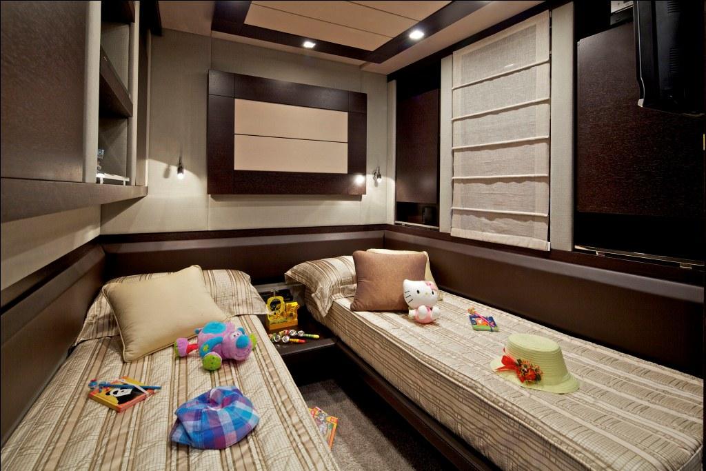 Motor Yacht THEA -  Twin Cabin