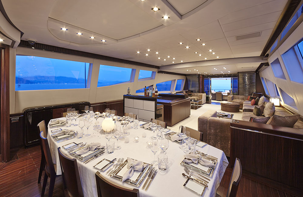 Motor yacht ANTELOPE III - Formal Dining