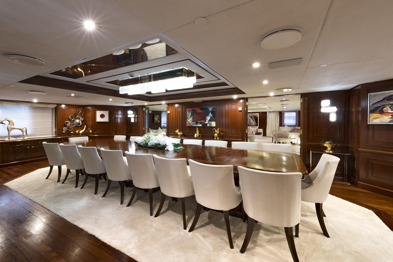 Motor yacht CHAKRA - Formal dining
