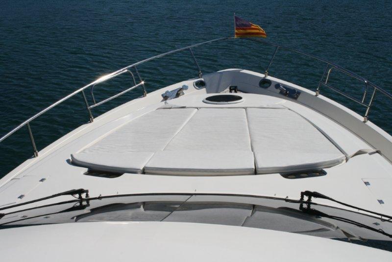 Motor yacht CRIDAMAR -  Bow