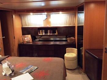 Motor yacht DOUBLE XELLE -  Master cabin