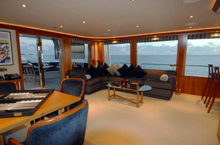 Motor yacht Dona Lola -  Skylounge