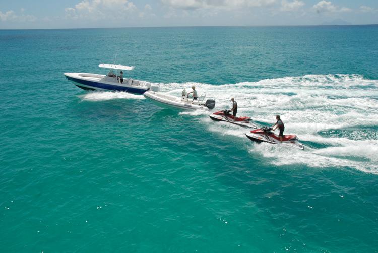 Motor yacht Dona Lola -  Tenders and Toys