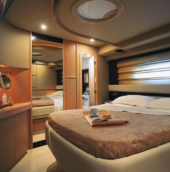 Motor yacht GURU -  Master Cabin