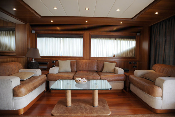 Motor yacht HAPPY FEET - Salon 3