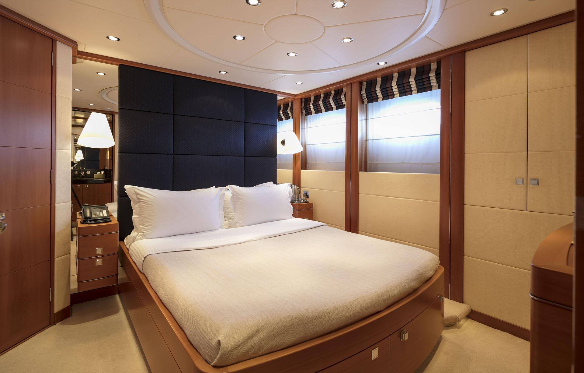 Motor yacht L'EQUINOX - Guest cabin