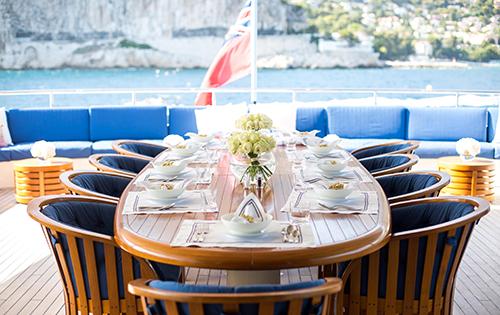 Motor yacht MISCHIEF - Alfreco dining