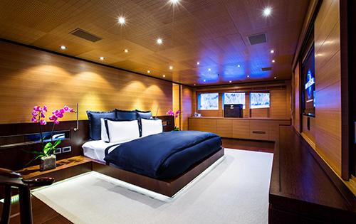 Motor yacht MISCHIEF - Master suite