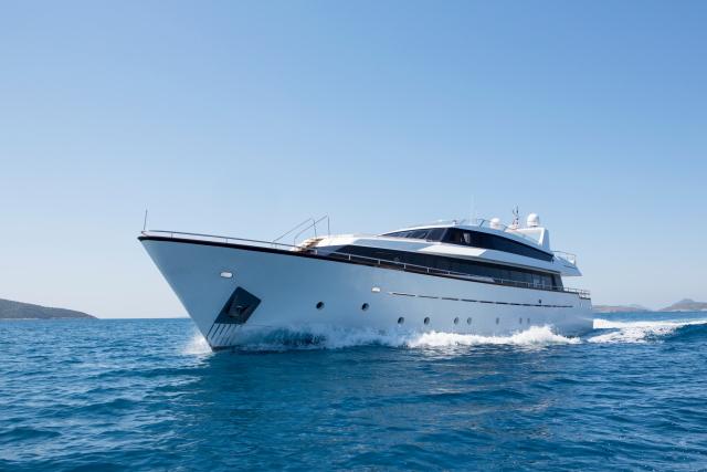 Motor yacht NOMI -  Main