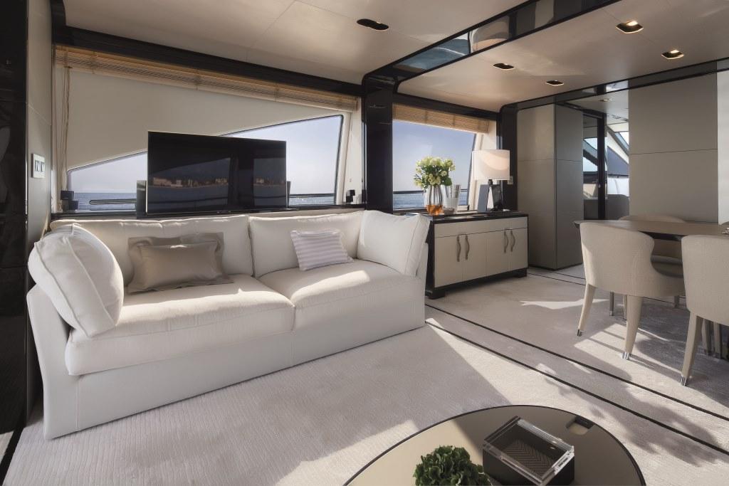 Motor yacht NORTH STAR - Salon Sofa