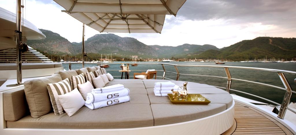 Motor yacht ORIENT STAR - Sundeck sunpads
