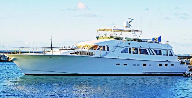 Motor yacht PIXEL -  Main
