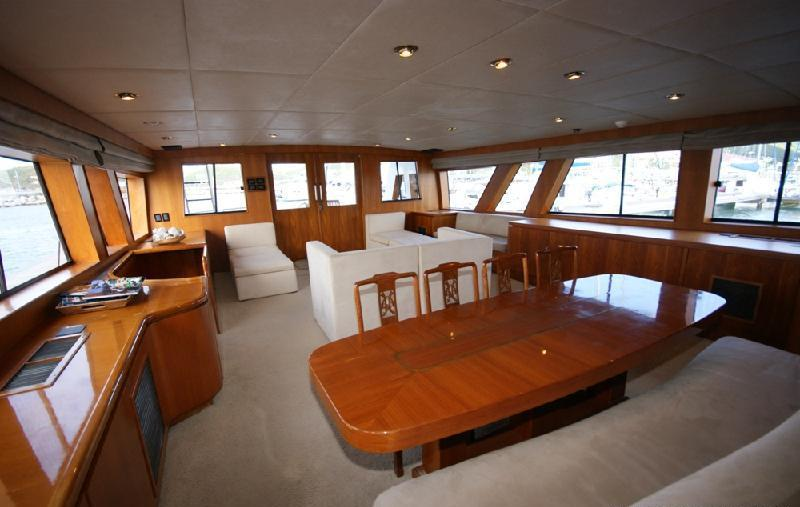 Motor yacht PIXEL -  Salon and Dining