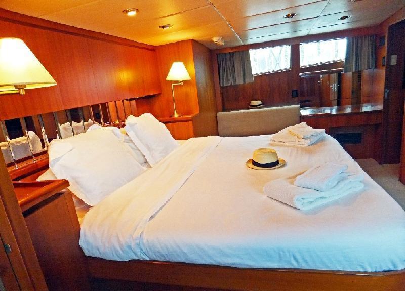 Motor yacht PIXEL -  VIP Cabin