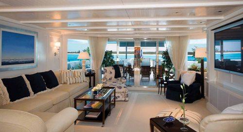 Motor yacht RHINO -  Upper Deck Main Salon