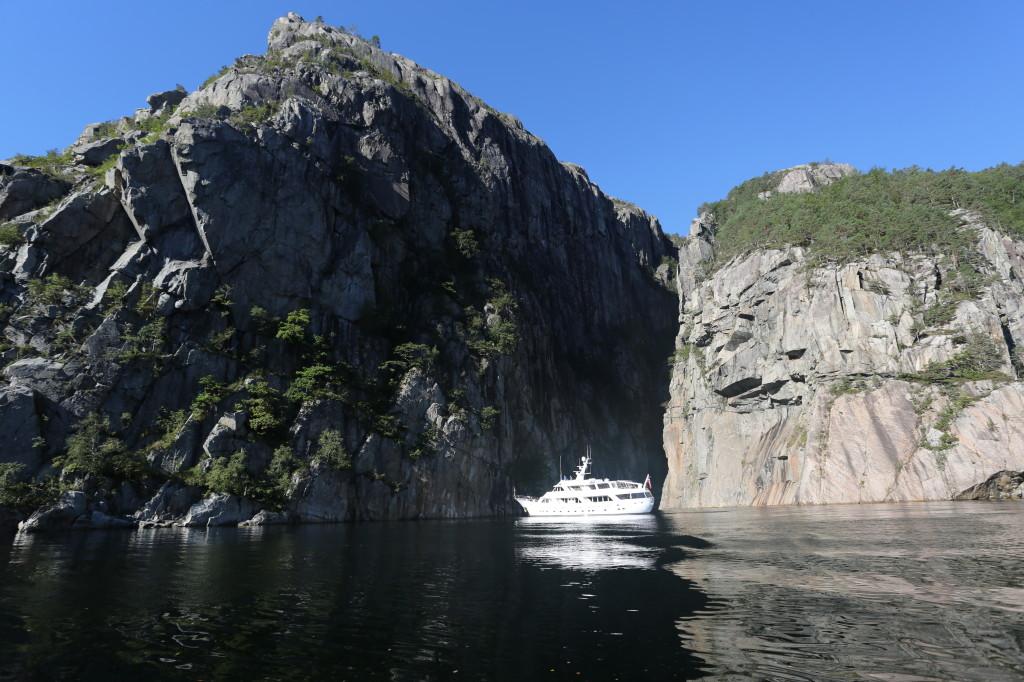 Motor yacht SALEE -  Cruising