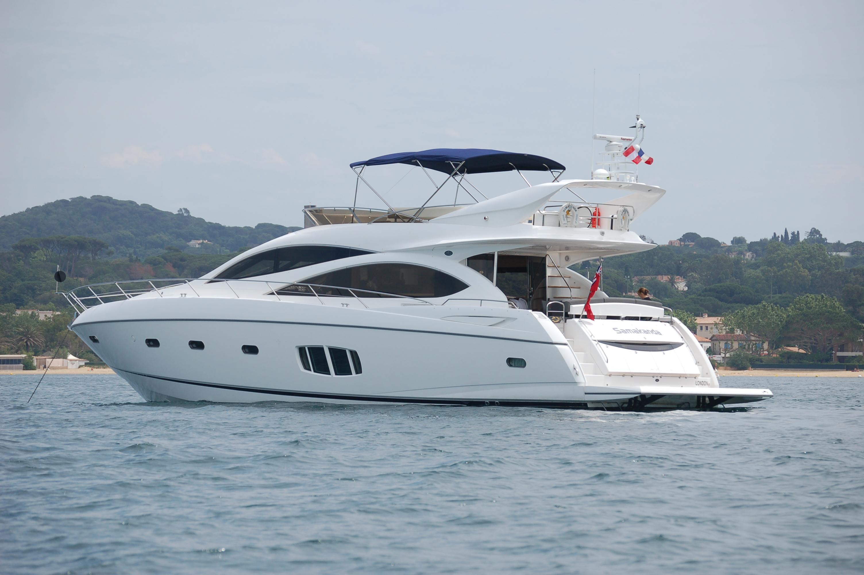 samakanda yacht charter details sunseeker charterworld. Black Bedroom Furniture Sets. Home Design Ideas