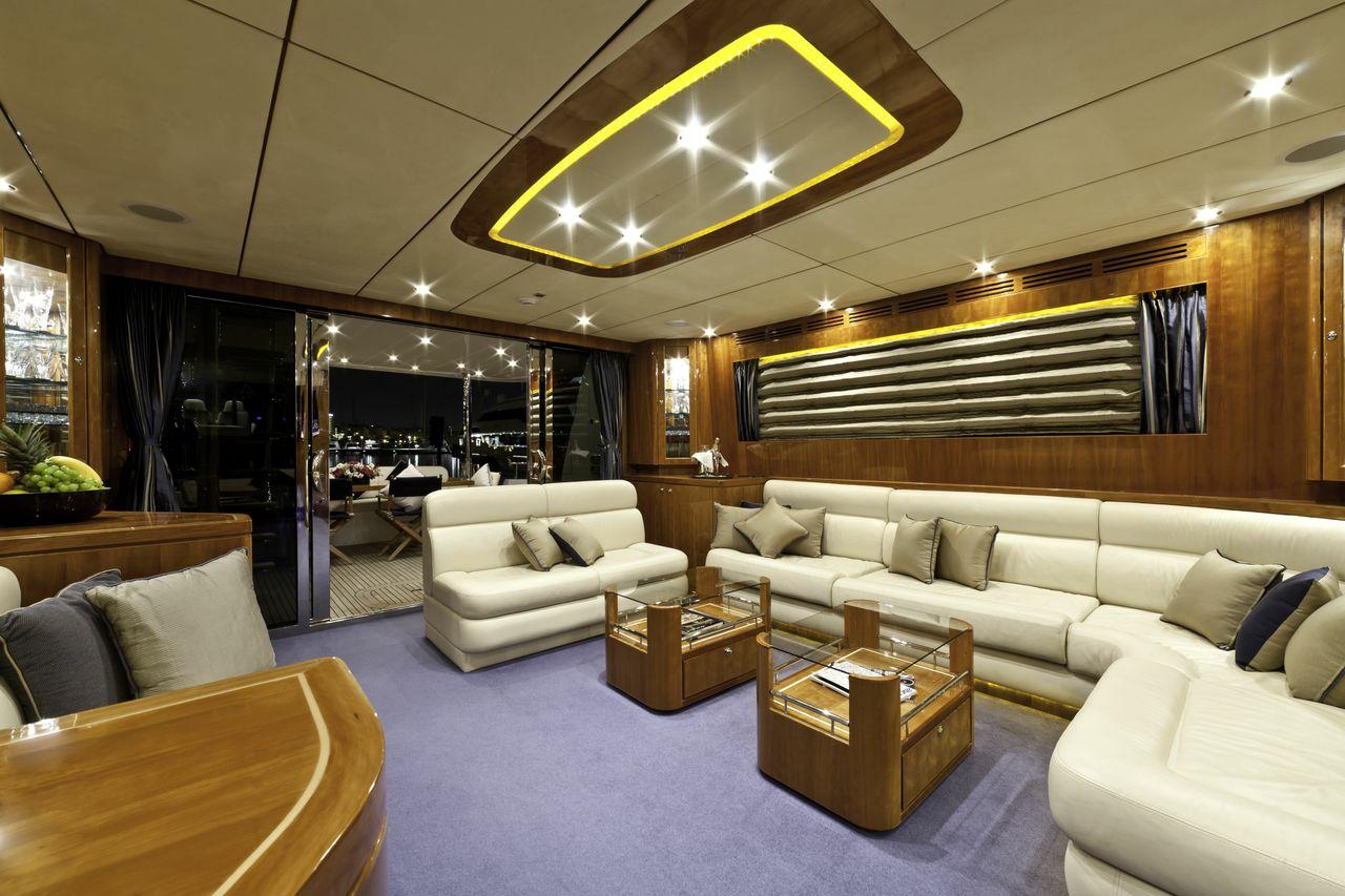 Motor yacht SAMARIC  -  Main Salon