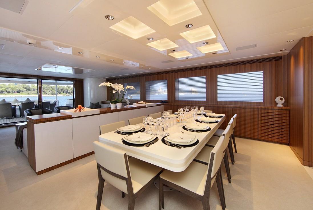 Motor yacht SEA SHELL -  Formal Dining