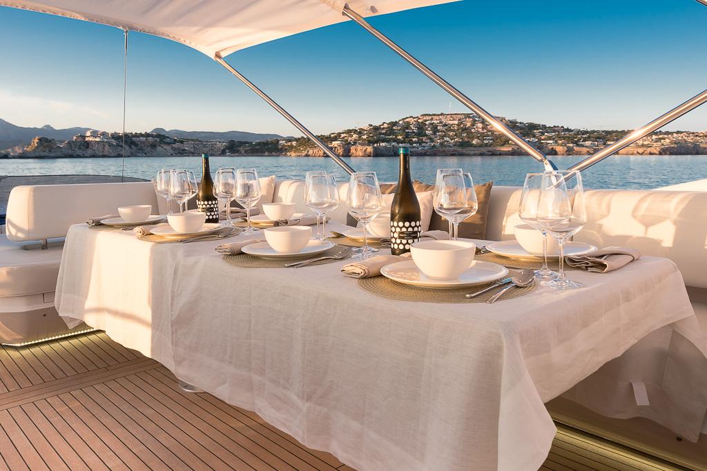 Motor yacht SEAWATER - Alfresco dining