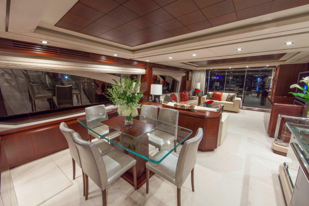 Motor yacht SORRIDENTE - Formal dining