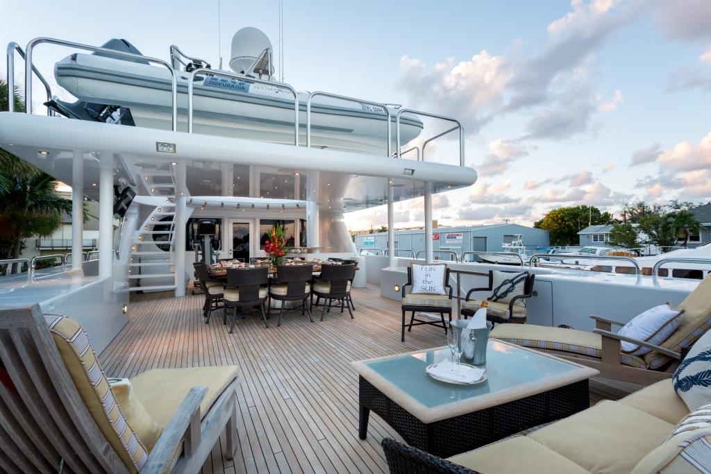 Motor yacht STARSHIP018