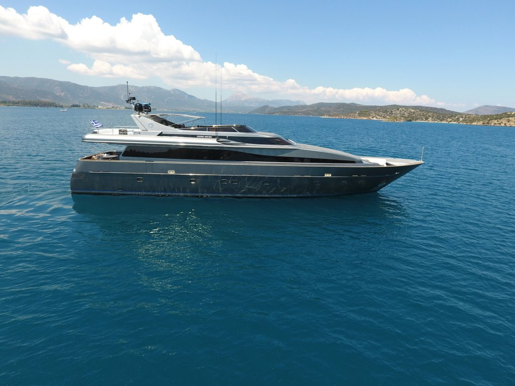 Motor yacht SUMMER DREAMS - Main