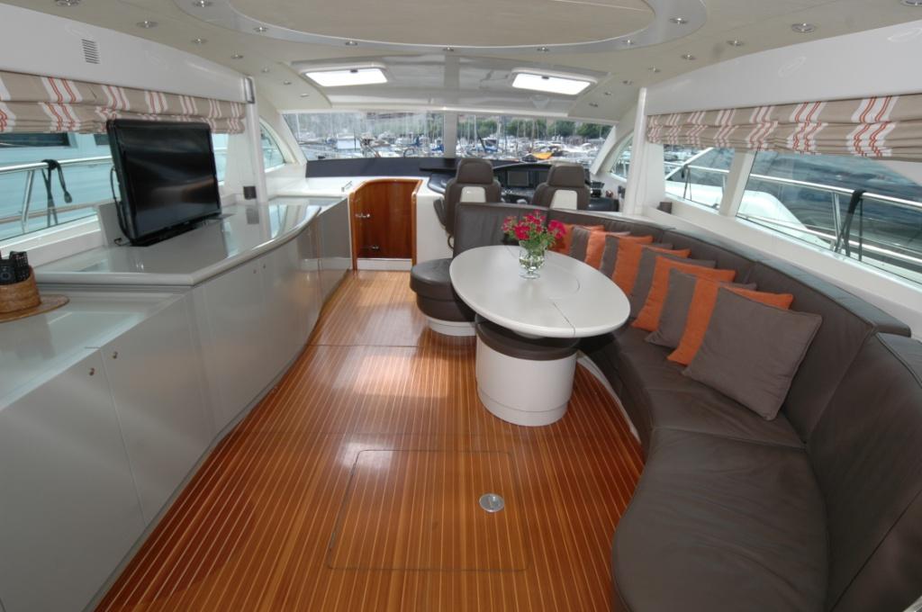 Motor yacht SWEET TITI -  Main salon