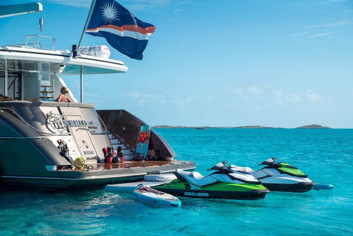 Motor yacht UNBRIDLED - 034