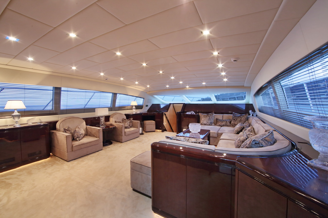 Motor yacht VERA - Main Salon