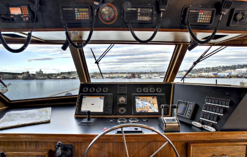 Motor yacht VIAGGIO -  Pilothouse
