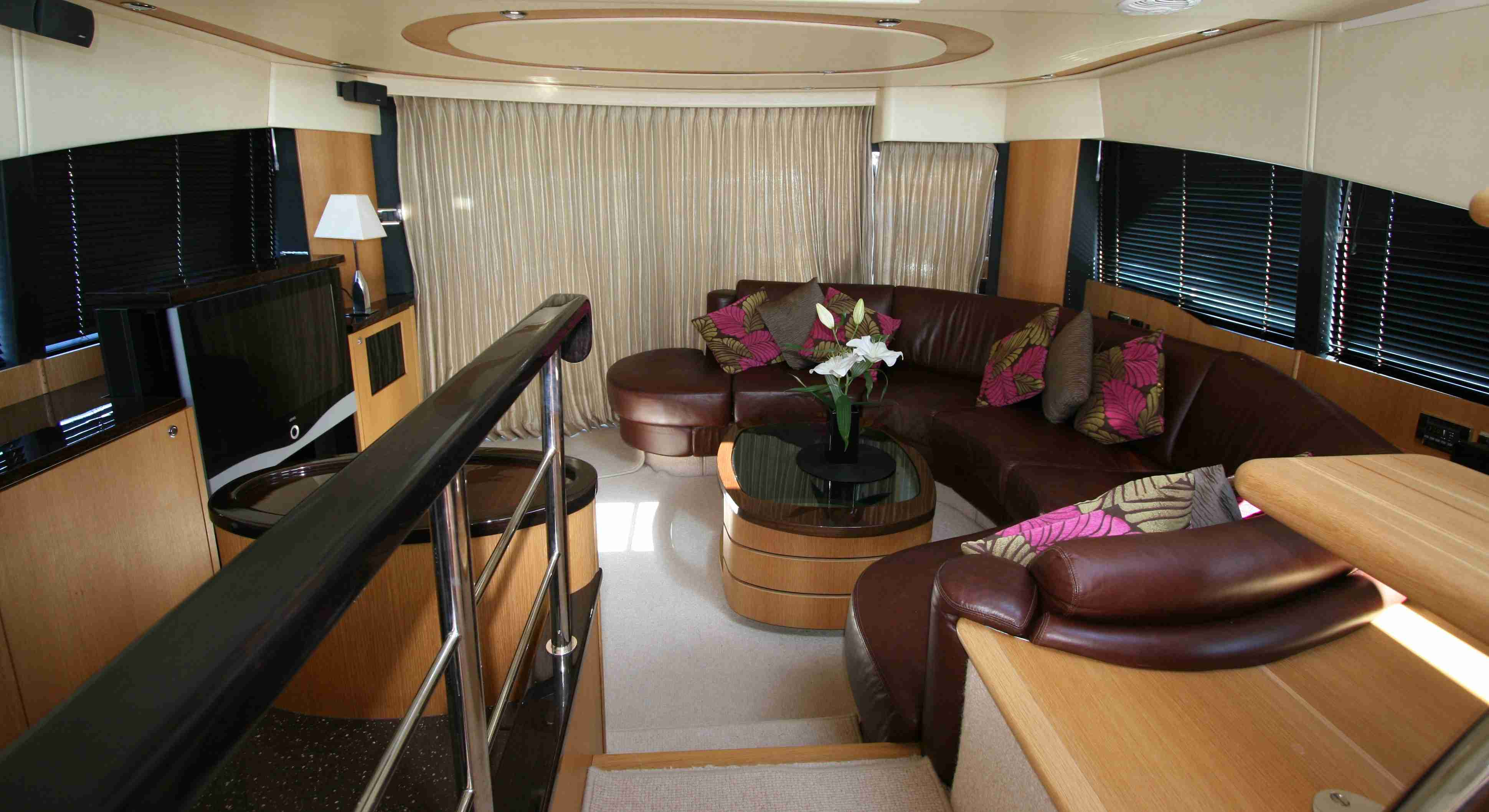 Motor yacht WAVE -  Main Salon