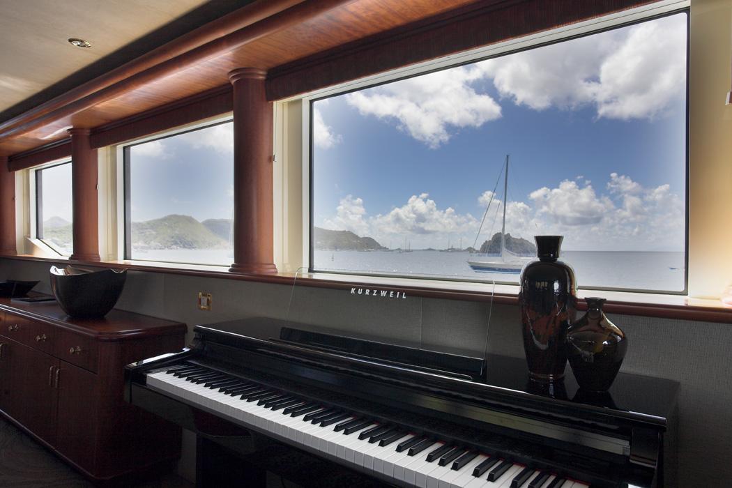 NAMOH - The Piano