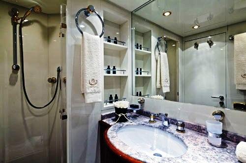Noni -  Bathroom