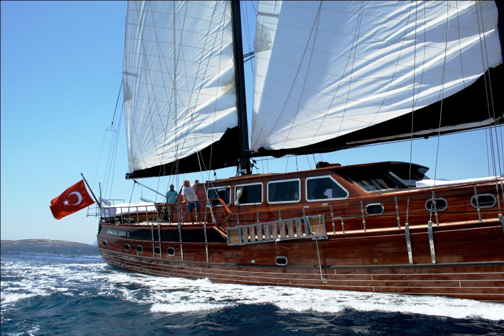 Princess Karia II -  Sailing