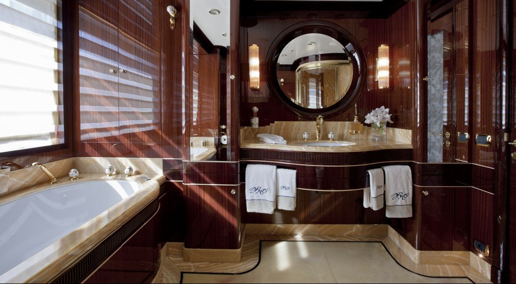 REVE D OR -  Master Bathroom