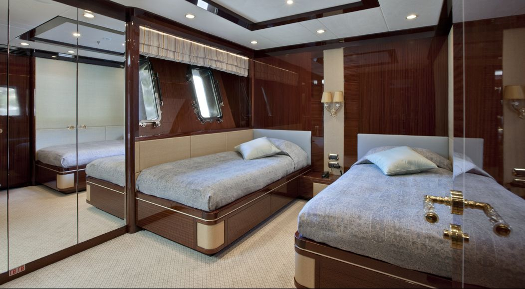 REVE D OR -  Twin Cabin