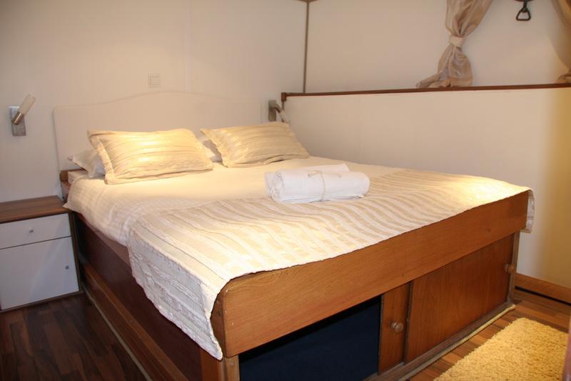ROMANCA - Guest cabin