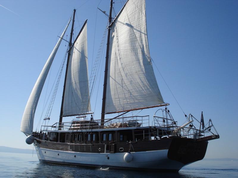 ROMANCA - Yacht