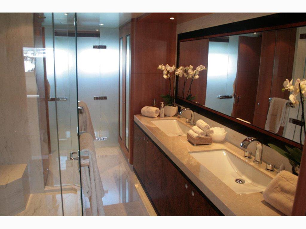 SAN BERNARDO -  Master Bathroom 2