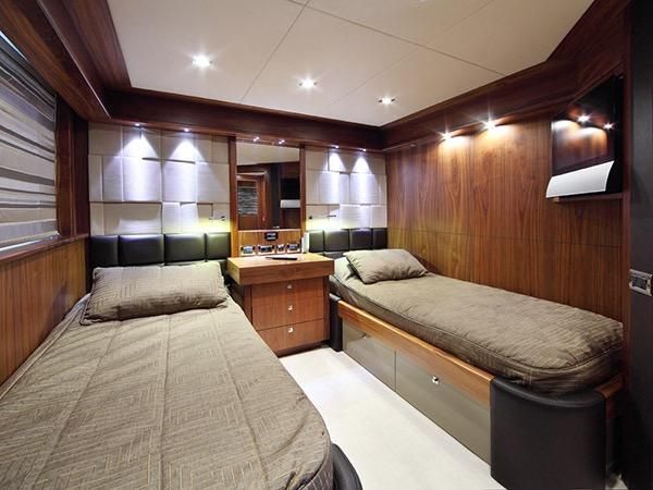 SIMPLE PLEASURE - Port twin cabin credit Sunseeker Yachts