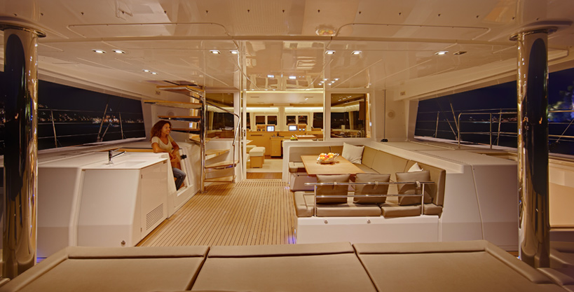 SY A2 - aft deck