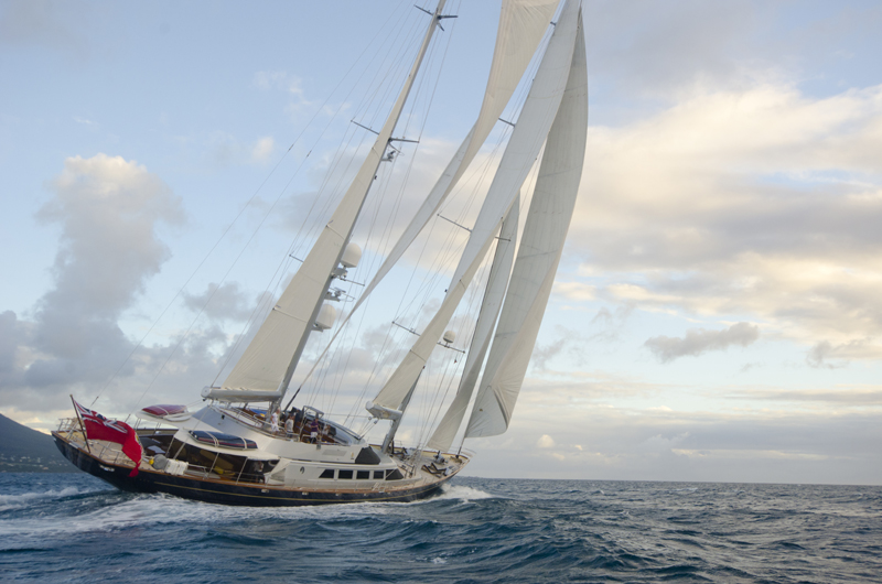 SY ANDROMEDA LA DEA - Sailing 2