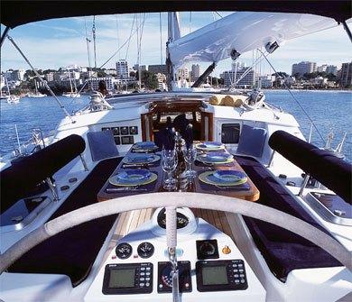 SY LIBERTAS -  Cockpit Al Fresco Dining