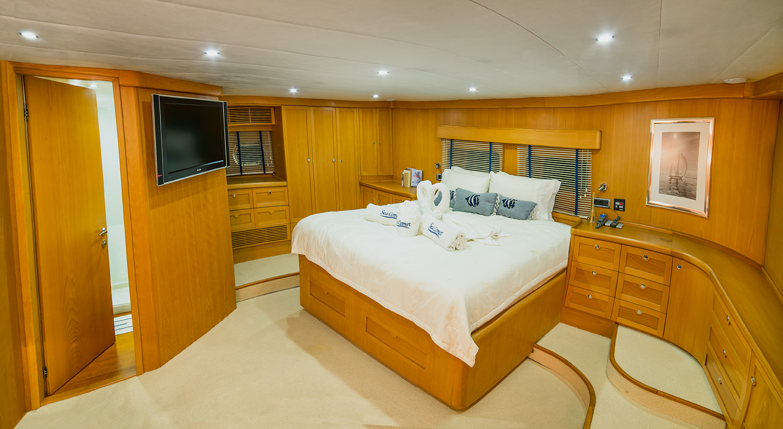 SY SEA COMET - Master cabin 1