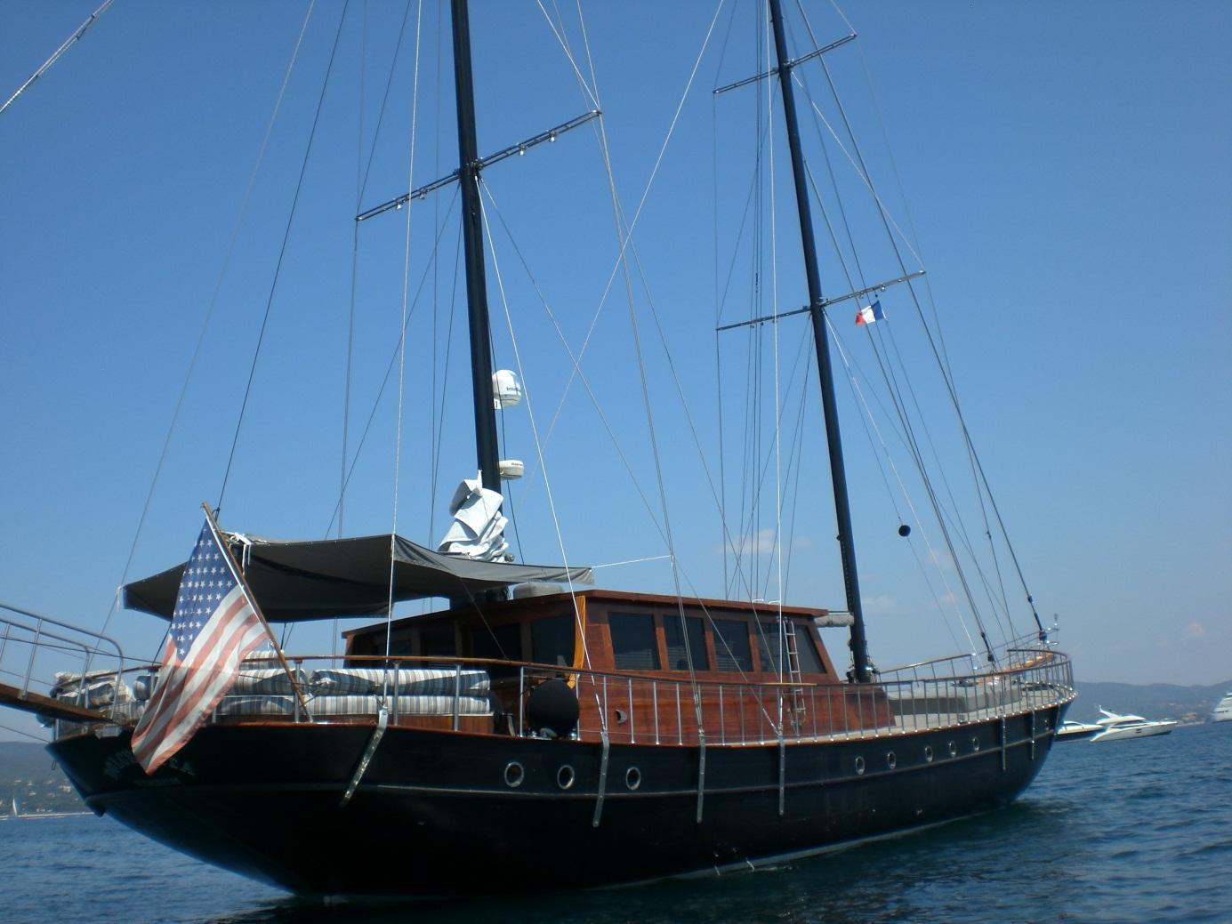 Sail Yacht DOLCE VITA -  Aft View