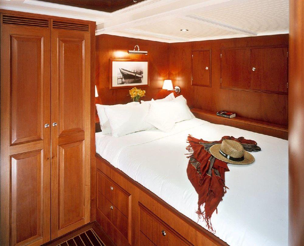 Sail Yacht DOLPHIN - Guest Cabin