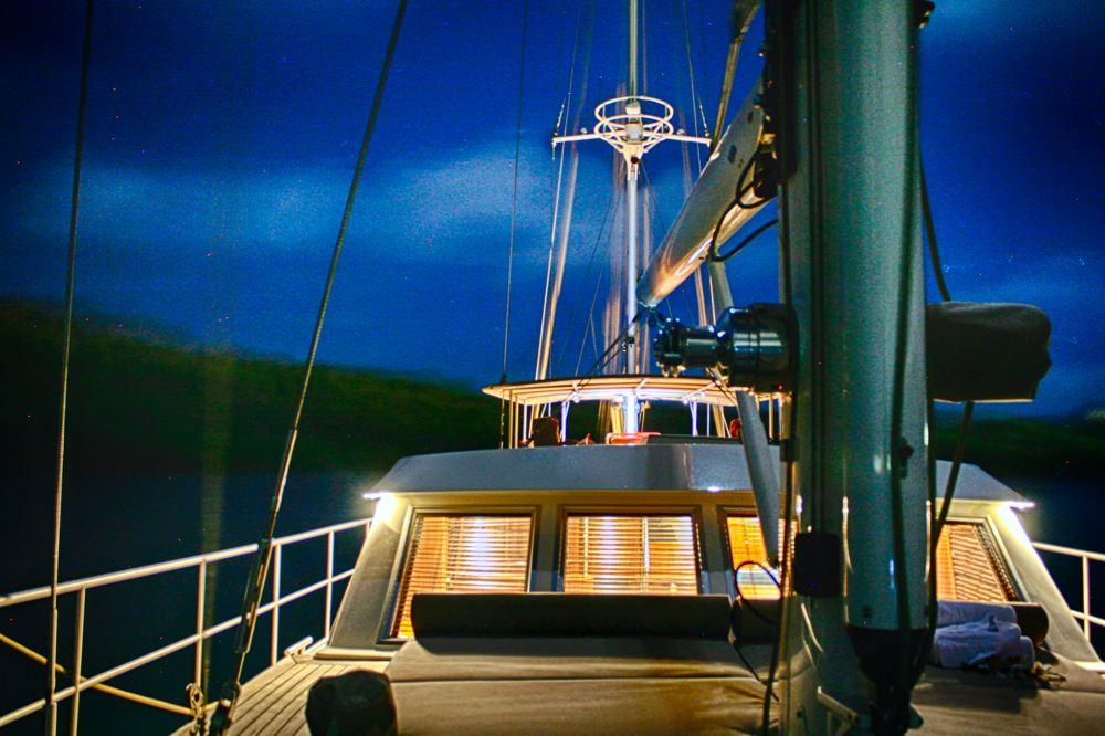 Sail Yacht DOMICIL - Wheelhouse at Night